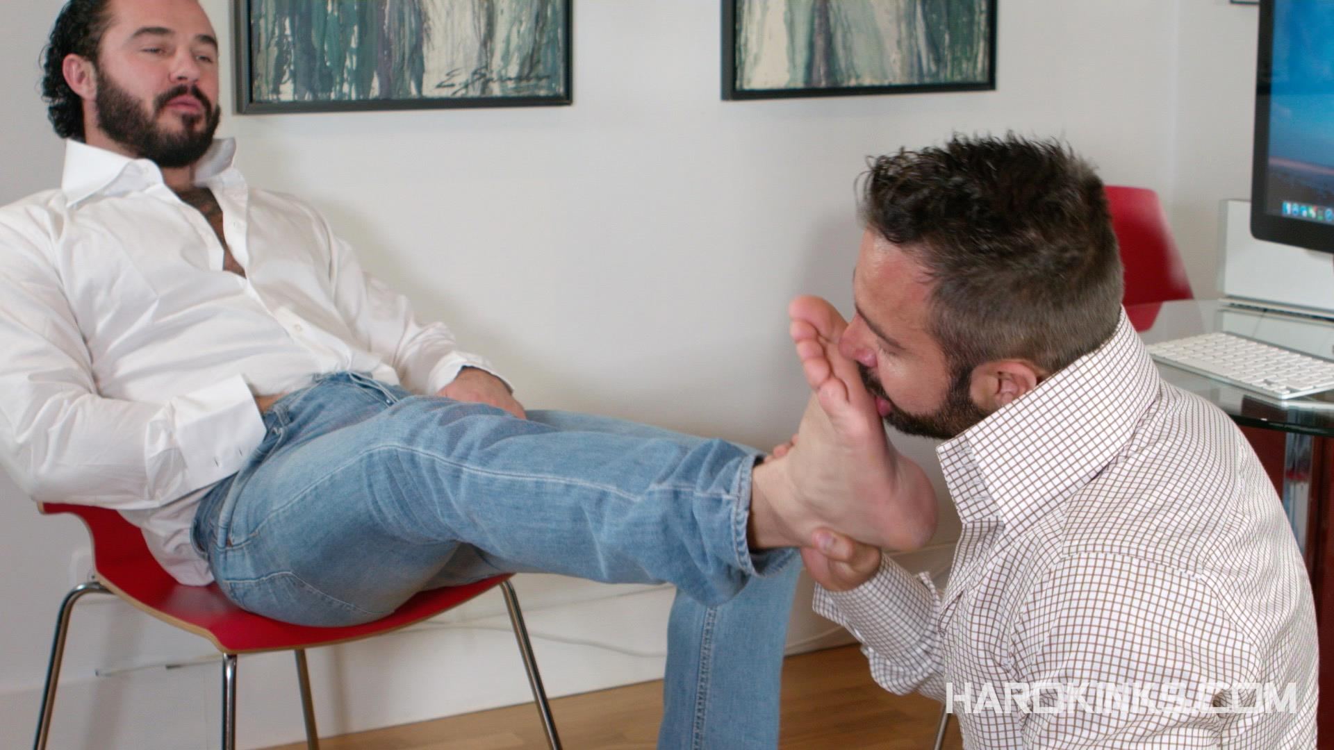Hardkinks-Jessy-Ares-and-Martin-Mazza-Hairy-Alpha-Male-Amateur-Gay-Porn-04 Hairy Muscle Alpha Male Dominates His Coworker