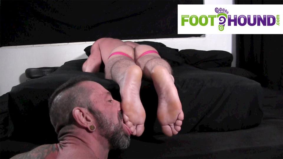 Foot-Hound-Marky-Sparks-Foot-Worship-Cum-Free-Gay-Porn-16 Muscle Stud Gets His Feet Worshiped And Drops A Load
